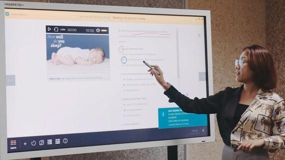 Giảng viên Trường ĐH Mở TPHCM dạy online môn ngoại ngữ