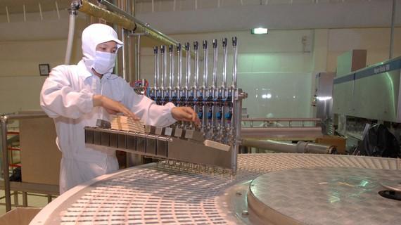 Sản xuất tại Công ty cổ phần Kido, KCN Tây Bắc Củ Chi, TPHCM. Đơn vị đã phát hành TPDN đầu năm 2021. Ảnh: CAO THĂNG