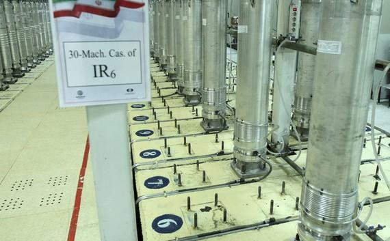 Máy ly tâm trong cơ sở làm giàu urani Natanz ở miền Trung Iran. Ảnh: AP