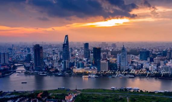 Hình ảnh TPHCM trong MVSài Gòn nhớ, thương và yêu
