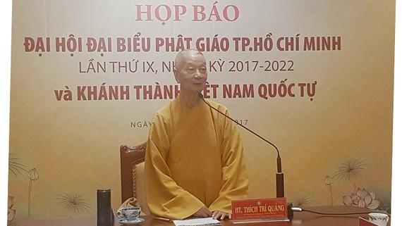 Hòa thượng Thích Trí Quảng, chủ trì cuộc họp báo