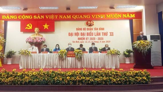 Đồng chí Phan Nguyễn Như Khuê phát biểu chỉ đạo đại hội. Ảnh: HOÀI NAM