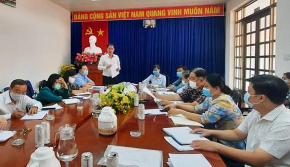 Phó Chủ tịch Thường trực Ủy ban MTTQ Việt Nam TPHCM Nguyễn Thành Trung phát biểu tại buổi làm việc