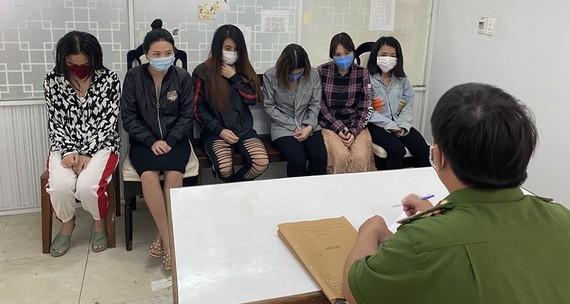 Triệt phá đường dây phục vụ mại dâm cho người nước ngoài