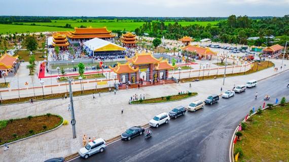 Toàn cảnh Thiền viện Trúc Lâm Hậu Giang