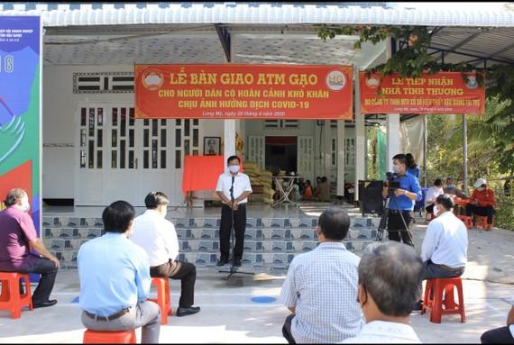 """Hậu Giang, Bến Tre đưa nhiều """"ATM gạo"""" hỗ trợ người dân khó khăn"""