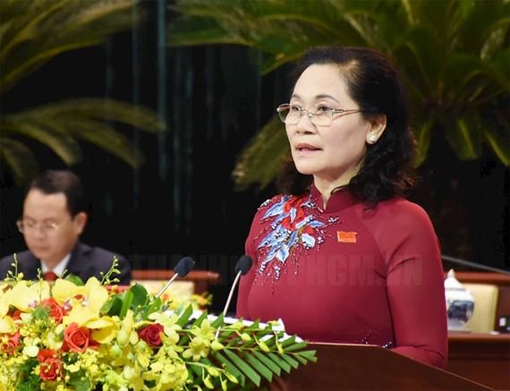 Đồng chí  Nguyễn Thị Lệ trình bày báo cáo tại Đại hội. Ảnh: hcmcpv