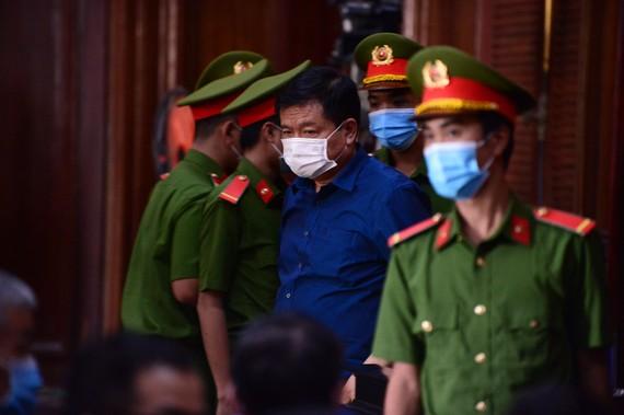 Bị cáo Đinh La Thăng tại phiên tòa kéo dài từ ngày 14 đến 22-12-2020