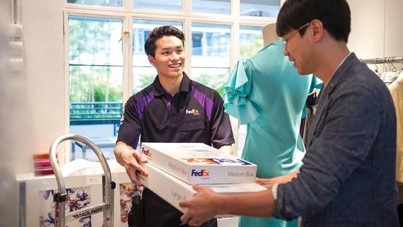 Nhà nhập khẩu có thể rút ngắn thời gian phản hồi đơn hàng nhờ dịch vụ giao nhận từ xa của FedEx