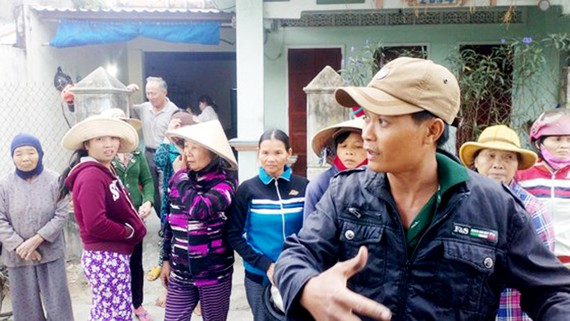 Người dân thôn Bình Lâm tiếp tục đòi kéo lên trụ sở thôn, xã để tố cáo sự việc và yêu cầu xã giải trình