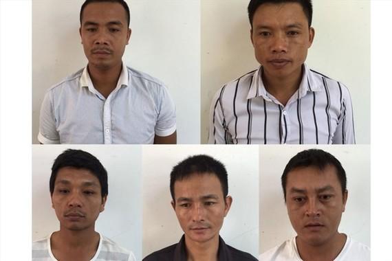 Các đối tượng bị khởi tố đợt 2 vụ phá rừng di sản PNKB. Ảnh công an huyện Bố Trạch cung cấp.