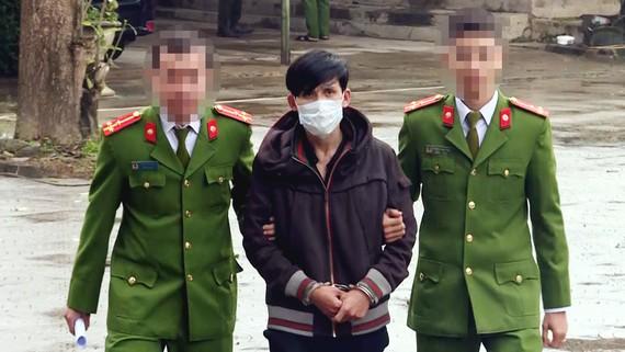Đối tượng Nguyễn Trung Chính bị bắt. Ảnh: MINH PHONG