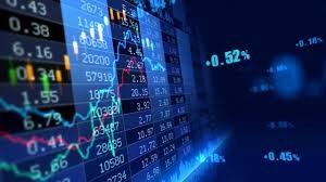 Cổ phiếu ngân hàng và chứng khoán quay lại 'đường đua', VN Index tăng 15 điểm