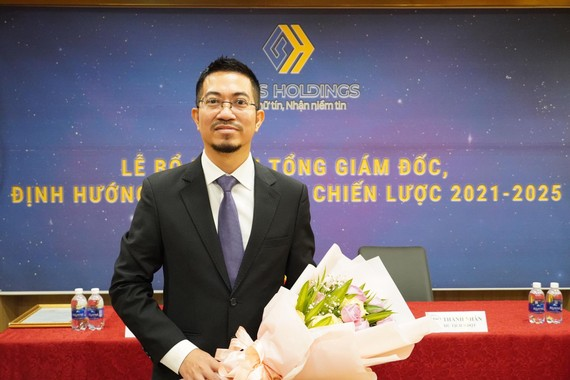 CEO mới của Louis Holdings.