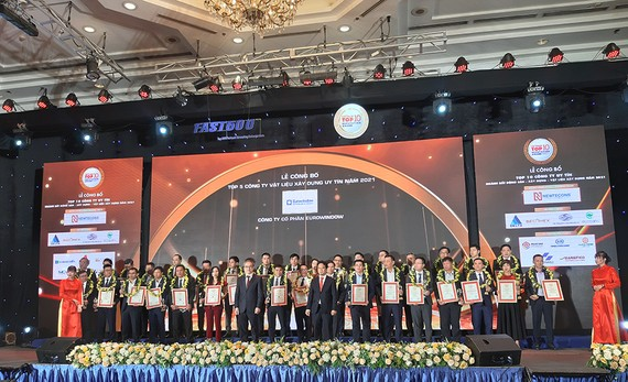 Công bố xếp hạng 500 doanh nghiệp tăng trưởng nhanh nhất Việt Nam 2021