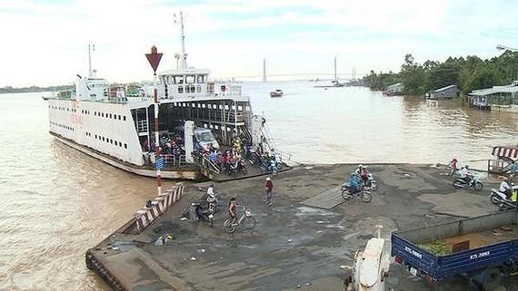 TPHCM kiến nghị sớm chuyển phà Vàm Cống về hoạt động tại phà Cát Lái và Bình Khánh
