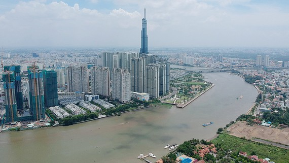 Sông Sài Gòn đoạn chảy qua quận 2 và quận Bình Thạnh. Ảnh: CAO THĂNG