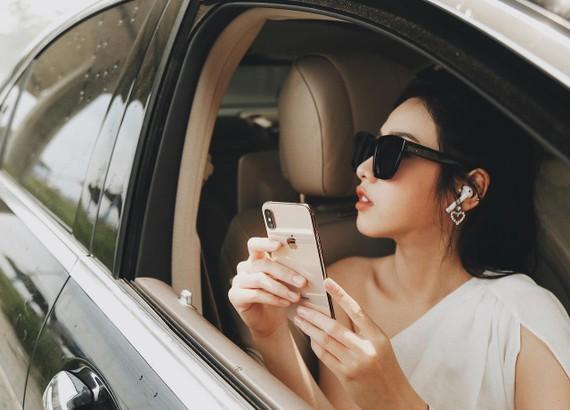 FPT Shop và F.Studio là đại lý ủy quyền cao cấp nhất của Apple tại Việt Nam