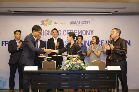 FPT Shop và Mirae Asset Finance Vietnam ký kết thỏa thuận  hợp tác toàn diện