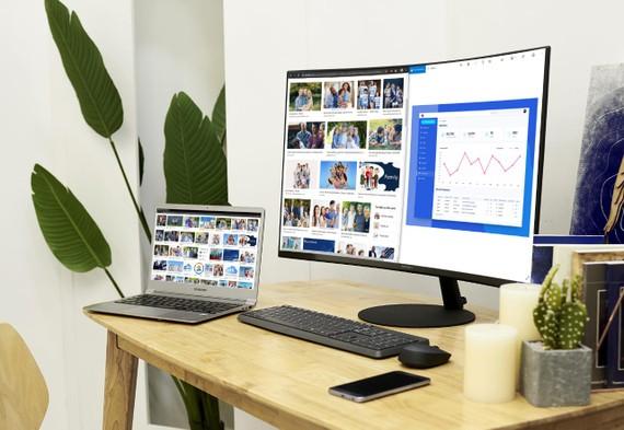 Samsung giới thiệu màn hình T55 với độ cong 1000R