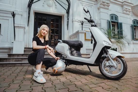 YADEA đưa thêm xe máy điện thông minh BuyE ra thị trường