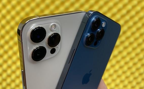 iPhone 12 Pro Max vừa xuất hiện tại Thế Giới Táo Khuyết