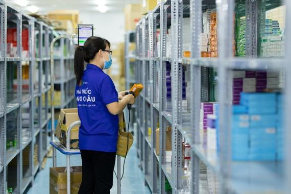 Hệ thống nhà thuốc FPT Long Châu được quản lý hiện đại