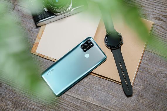 Realme C17 và đồng hồ Realme Watch S sẽ lên kệ từ ngày 5-12