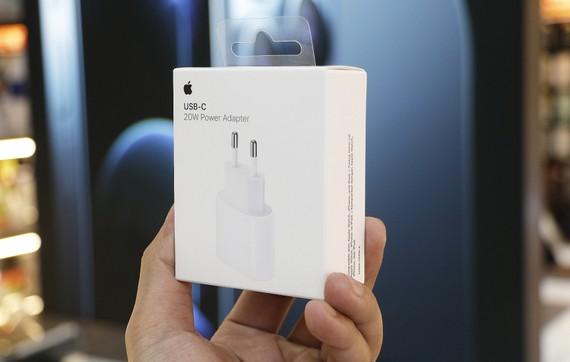 Sạc nhanh 20W chính hãng Apple