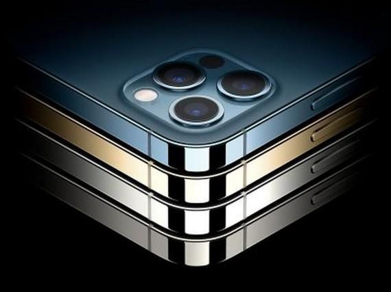Nên mua iPhone 12 mới hay hàng 'like new'?