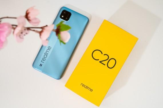 Realme C20 lên kệ với mức giá 2,69 triệu đồng