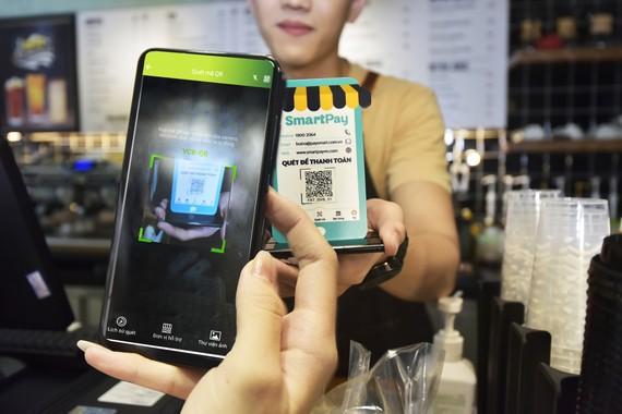 Vietcombank và SmartPay hợp tác thúc đẩy thanh toán bằng mã QR