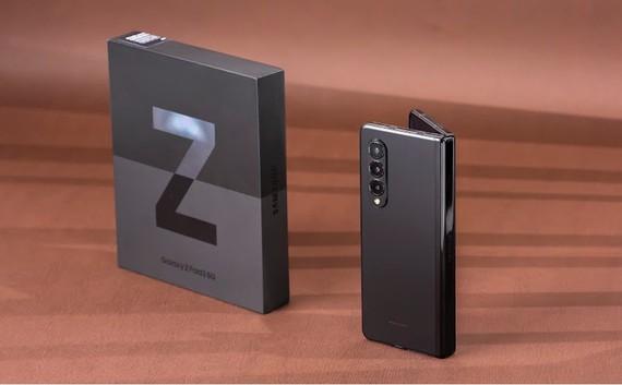 Galaxy Z Fold3 đang được giảm 10 triệu đồng