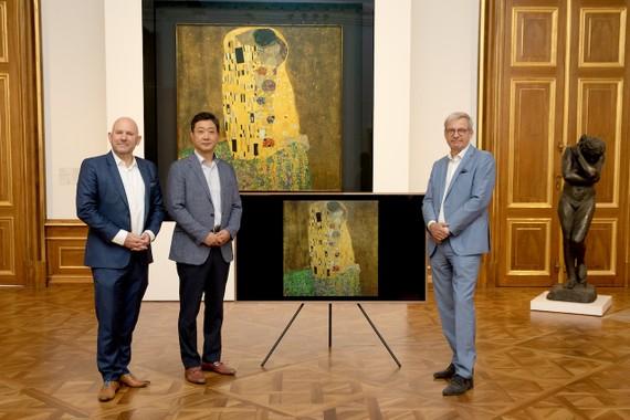 Samsung Electronics hợp tác với bảo tàng Belvedere (Áo) đã ra mắt 17 kiệt tác hội họa độc quyền trên TV The Frame.