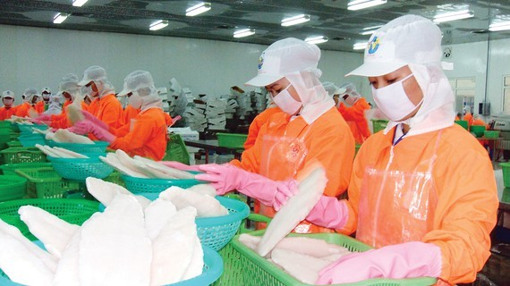 Ministries seek solutions to export agricultural, aquatic products to China