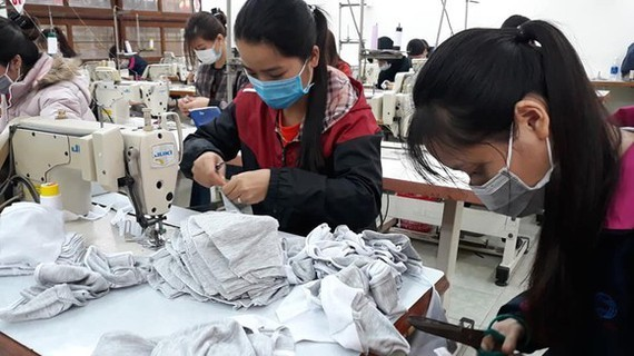 Enterprises might shut down because of raw material crunch