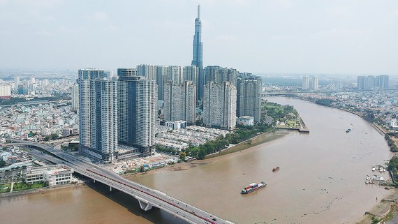 High-rises along the Saigon River in Binh Thanh District in HCMC. (Photo: SGGP)