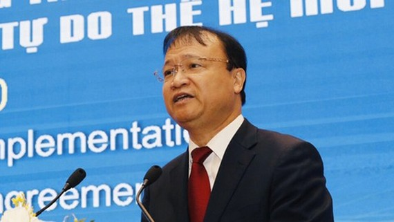 Deputy Minister of Industry and Trade Do Thang Hai speaks at the forum. (Photo: SGGP)