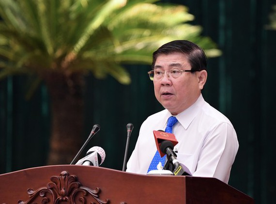 Mr. Nguyen Thanh Phong, Chairman of the People's Committee of Ho Chi Minh City, speaks at the meeting. (Photo: SGGP)
