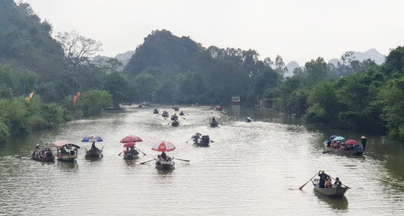 Huong Pagoda Festival canceled because of Covid-19 pandemic