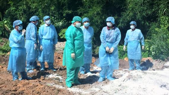 Lãnh đạo tỉnh Tây Ninh kiểm tra hiện trường xử lý ổ dịch