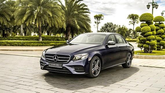 Mercedes-Benz phiên bản E 300 AMG 2019 - Biểu tượng thể thao mới