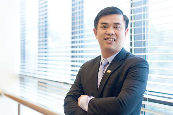 Ông Nguyễn Văn Lê làm Tổng giám đốc SHB từ năm 1999, khi mới 26 tuổi. Ảnh: SHB.