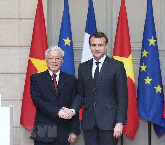 Vietnam, France issue joint statement | National | SGGP English Edition