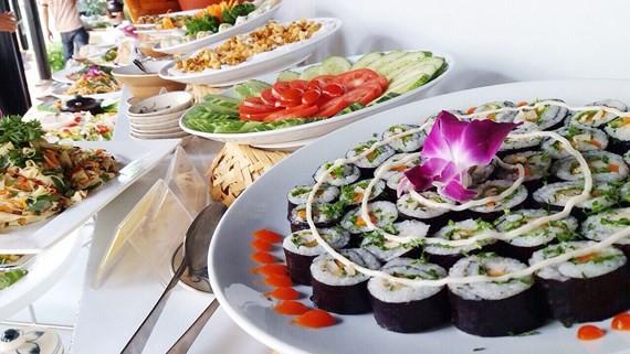 Week of vegetarian food opens in Dam Sen Park