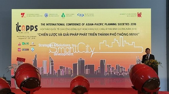Int'l planning experts meet to discuss smart-city development. (Photo: VNA)