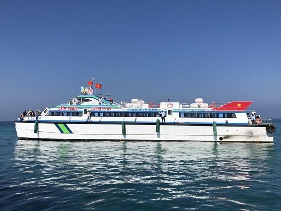 The high-speed ship, Chin Nghia EXPRESS 09