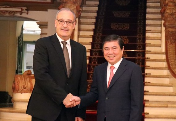 artment of Economic Affairs, Education and Research Guy Parmelin (Photo: VNA)