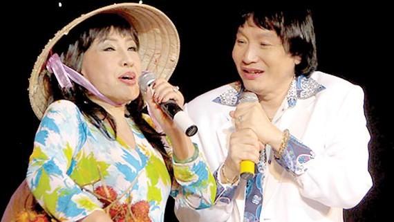 Cai luong actor Minh Vuong  (R)