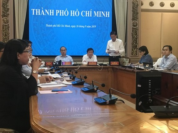 Secretary of HCMC Party Committee Nguyen Thien Nhan attends the teleconference. (Photo: Sggp)